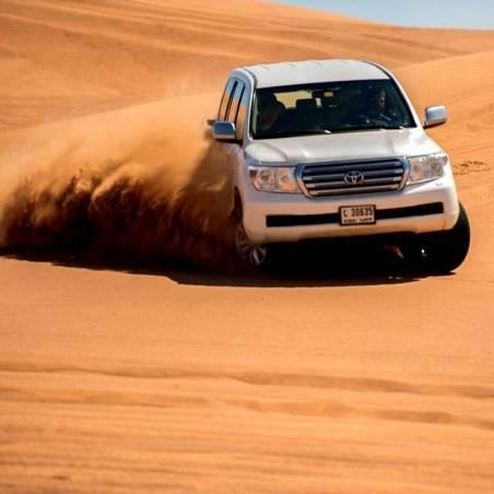 Cours de conduite dans le désert