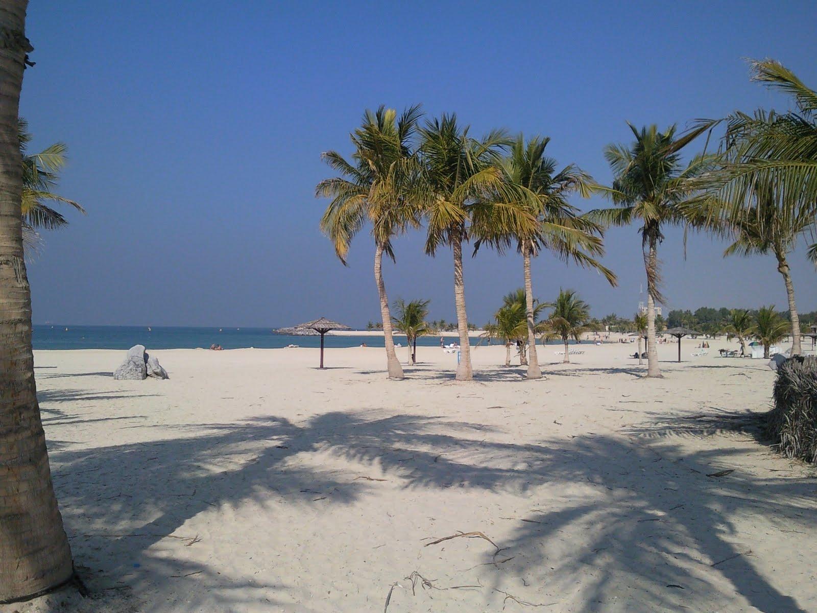 al mamzar beach2